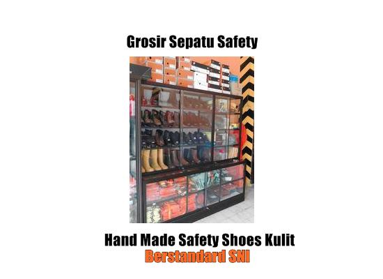 Grosir Sepatu Safety Surabaya
